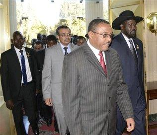 South Sudanese leader Salva Kiir (right) enters National Palace in Ethiopia