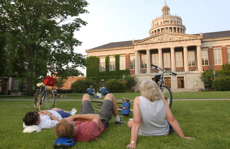 Relaxing on the lawn, listeners enjoy a perfomance of the Hopeman Carillon.