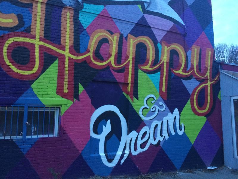 Mural project shows josana neighborhood undergoing change for Mural inspiration