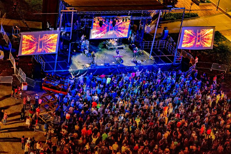 Another view of Massaoke at Parcel 5