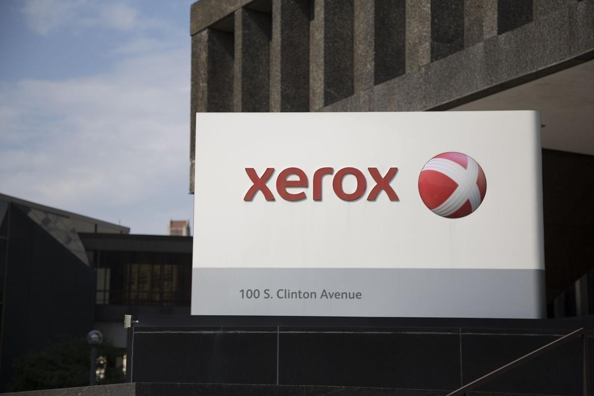 U.S. court puts Fujifilm, Xerox merger on hold