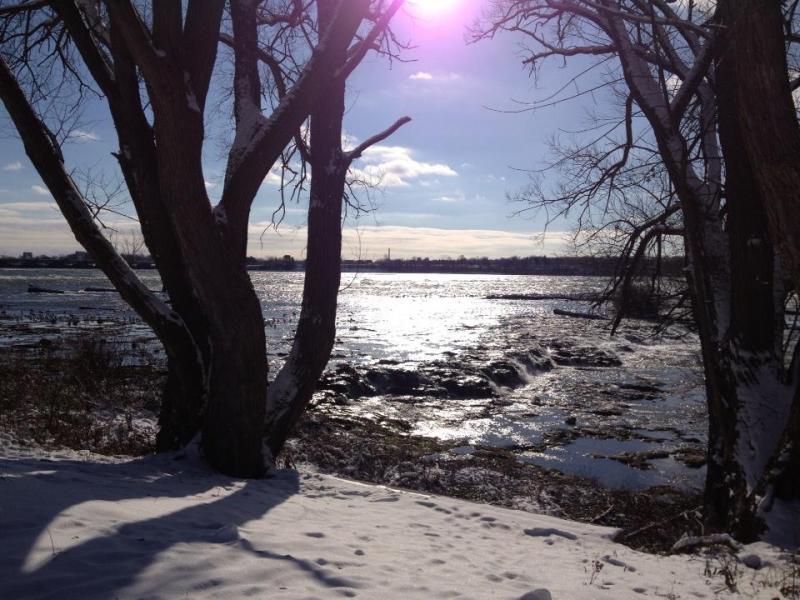 Snow and ice near Niagara Falls