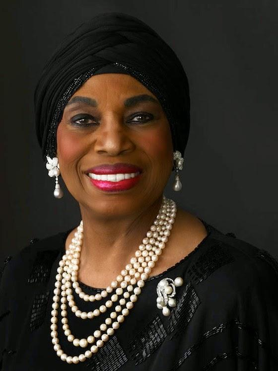 leontyne price an african american soprano with rock solid vocal technique The daughter of a carpenter and a midwife, african-american soprano leontyne price (born mary violet) studied piano and singing with the assistance of a local family that recognized her innate talents.