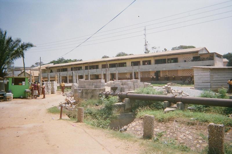 Exterior of the Conde Estate Five School in Accra.
