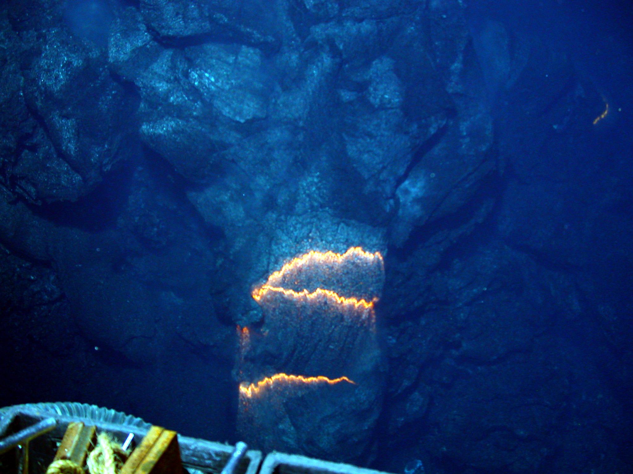 underwater volcanoes Underwater volcano covers 120,000 square miles off the coast of japan.