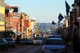 Small businesses line Main Street in Annapolis. Credit: Mr. T In DC / Flickr / Creative Commons