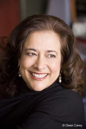 Author Nicole Mones