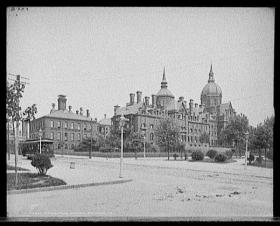 Johns Hopkins Hospital in the early 1900s.  Hopkins was overwhelmed during the pandemic and lost many of its own nurses and doctors to the flu.
