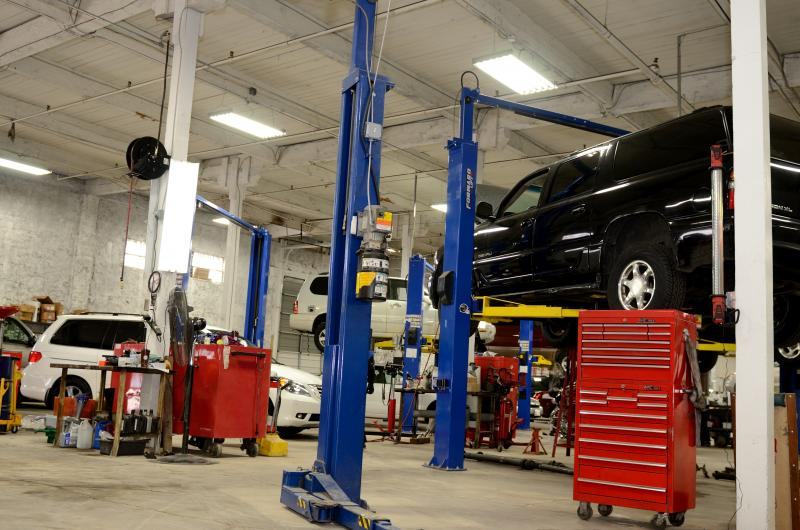 Vehicles for Change has an eight-bay repair shop in its headquarters on Washington Boulevard; the organization performs 95 percent of its vehicle repairs in-house.