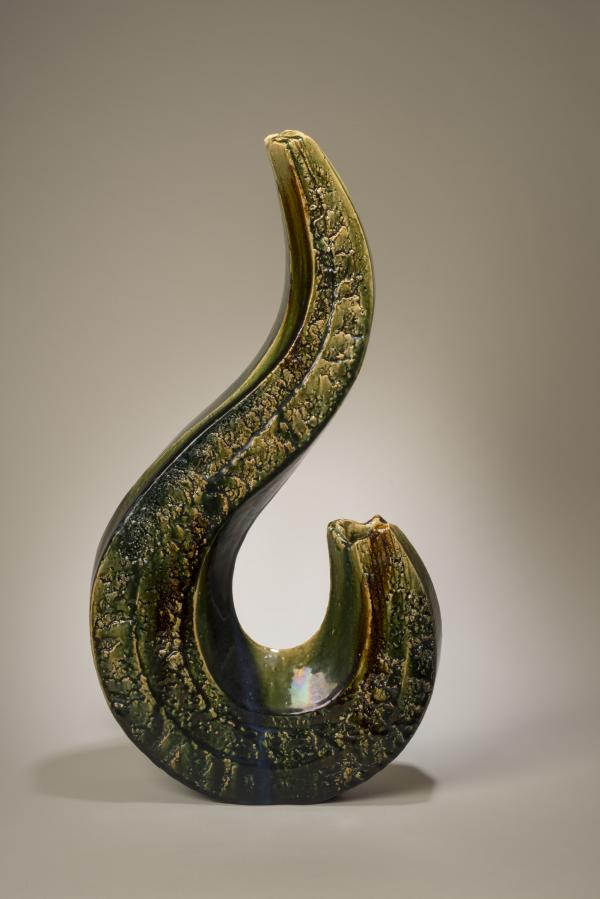 Katō Yasukage, 2006, stoneware. The Betsy and Robert Feinberg Collection.