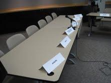 empty tables at GOP proposed meeting to discuss compromise with union leaders