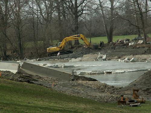 Construction on the Mad River to make it suitable for kayaking
