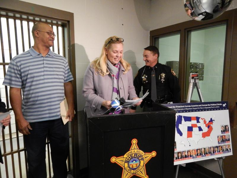 From left, Neil Browning, Cynthia Rees and Clark County Sheriff Gene Kelly at Clark County Jail