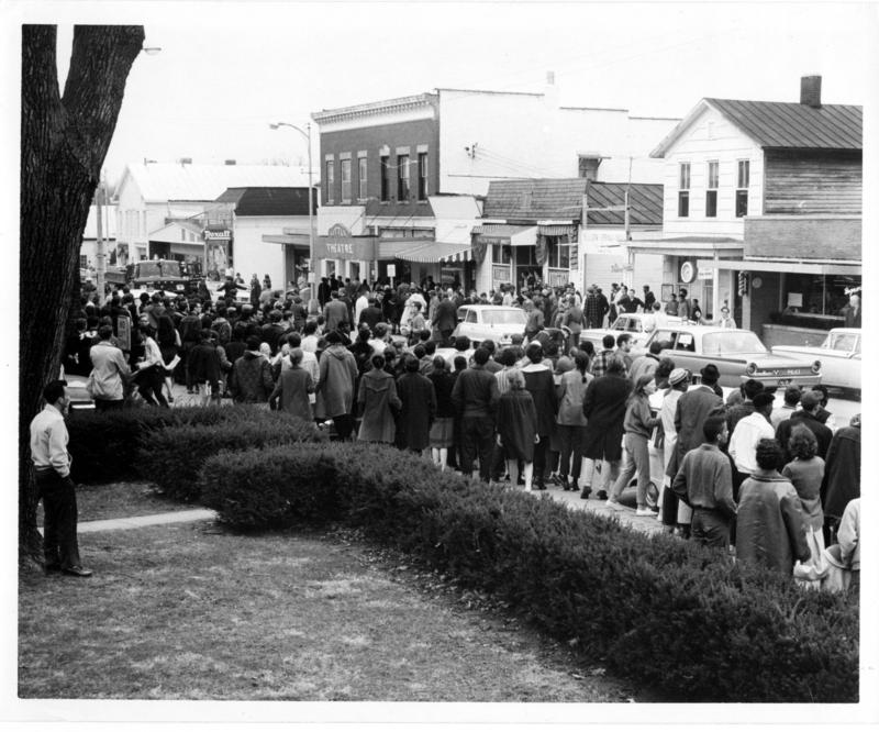 On March 14, 1964, Antioch students and students from nearby Central State and Wilberforce colleges, along with hundreds of villagers, gathered to demonstrate in front of the shop.