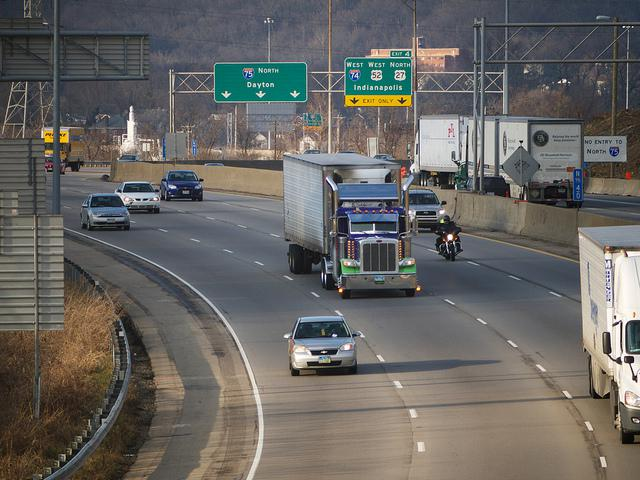 I-75 north of Cincinnati. Many in the Dayton area are living further from jobs than they did in the year 2000.   highway