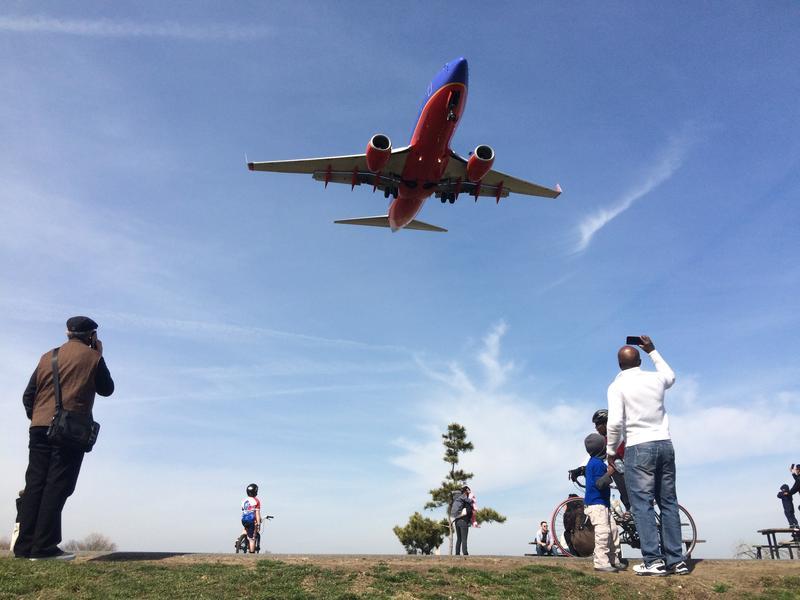 Southwest 737 landing at Reagan National Airport