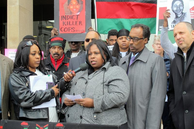 Samaria Rice talks to a group of demonstrators during a recent event in Cleveland.