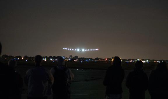 The Solar Impulse on final approach to runway 36, Dayton International Airport