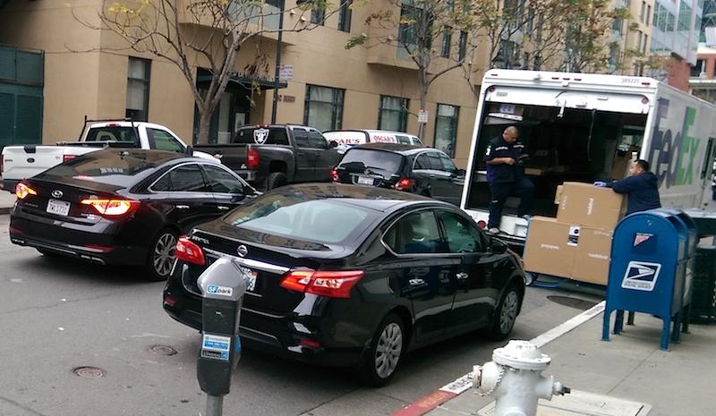 San Francisco may give Lyft and Uber more curb space to