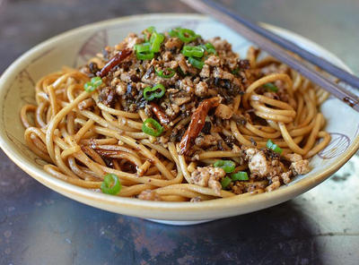 Food Critics: The Best Asian Noodles In Kansas City | KCUR