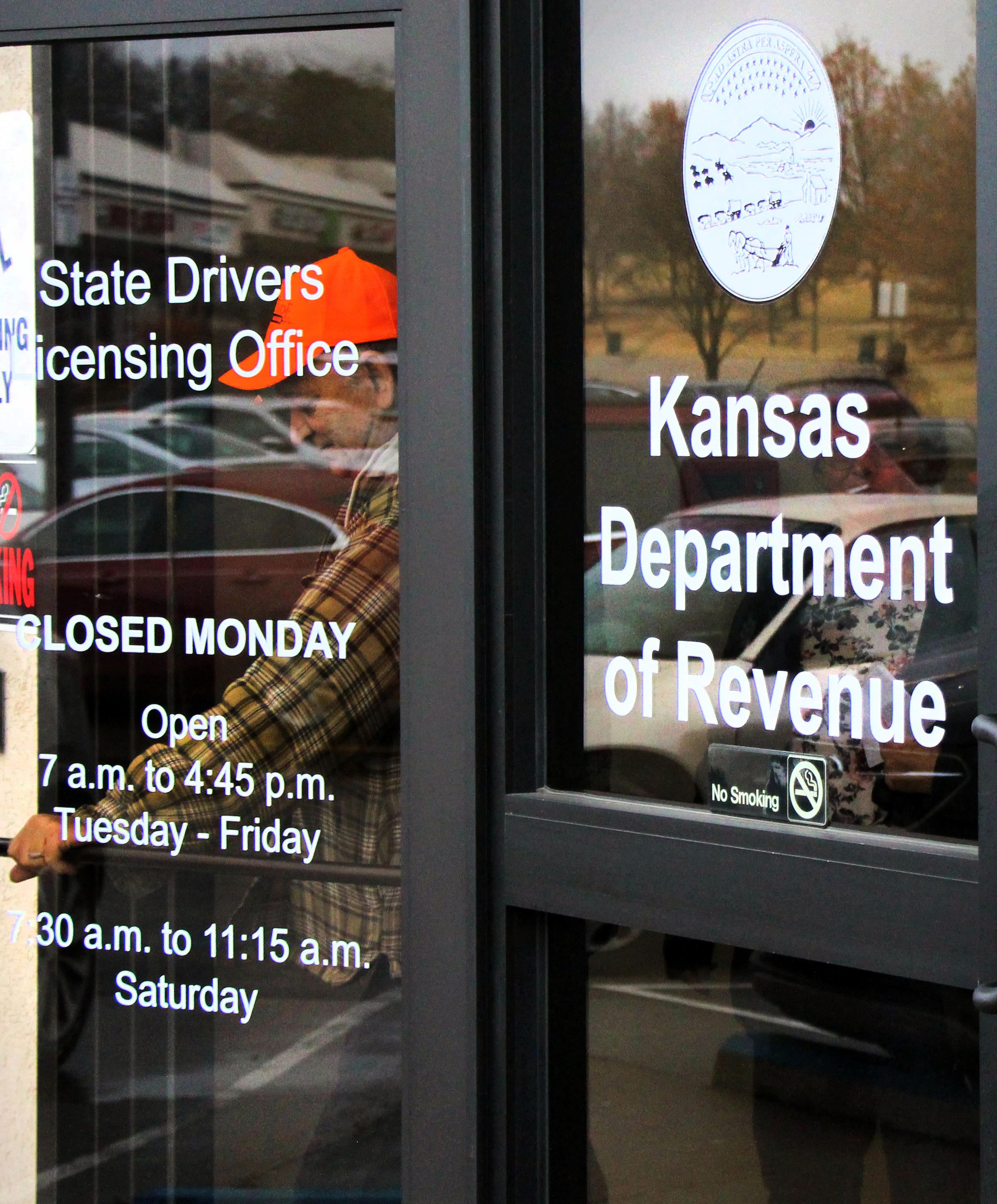 kansas drivers license office locations