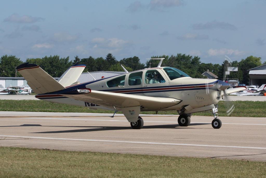 Textron Aviation To Cut 575 Jobs In Kansas | KMUW
