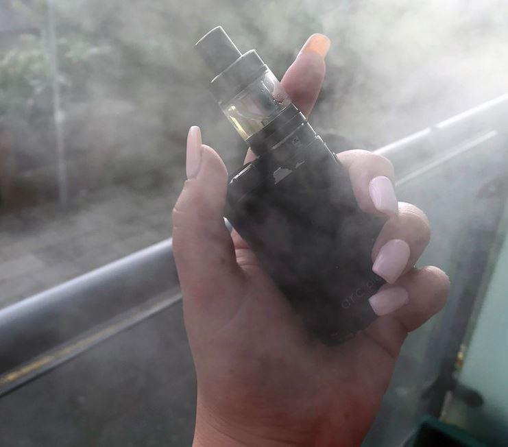 State reports first death from vaping-related lung injury