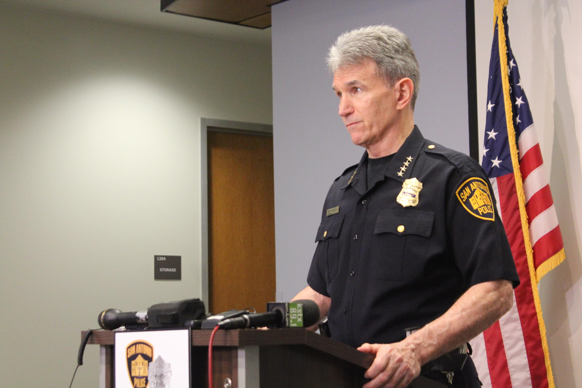 San Antonio Police Sending Bomb Techs, Dog To Austin After