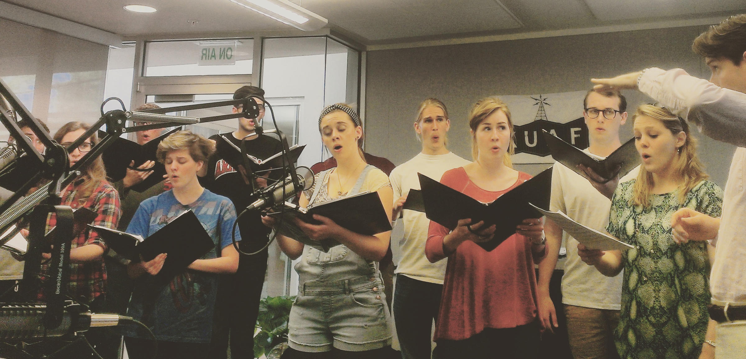 From Early Music to the 21st Century: Choral Group Schola