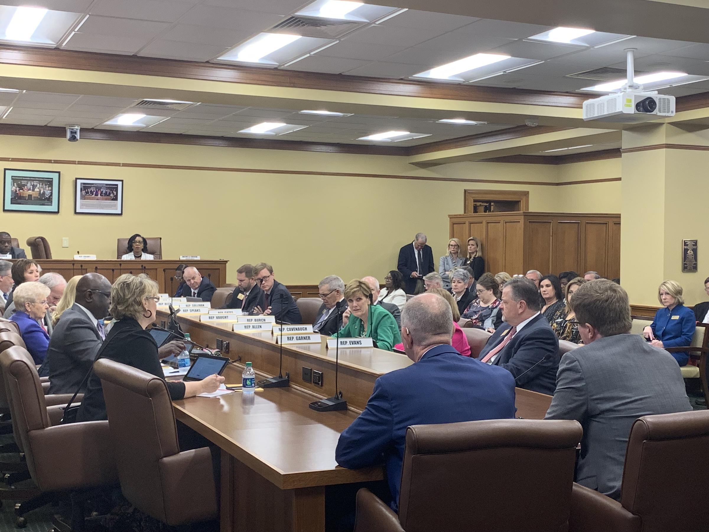 Bill To Raise Arkansas Teacher Salaries Pes Committee Despite Funding Questions