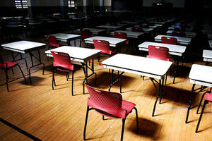 Teacher Evaluations Roil Governor's Race, Graduation Rates At UNM Improve Over Last 8 Years | KUNM