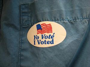 Expanded Early Voting Begins, Border Towns Key In US House Races Amid Wall Talk | KUNM