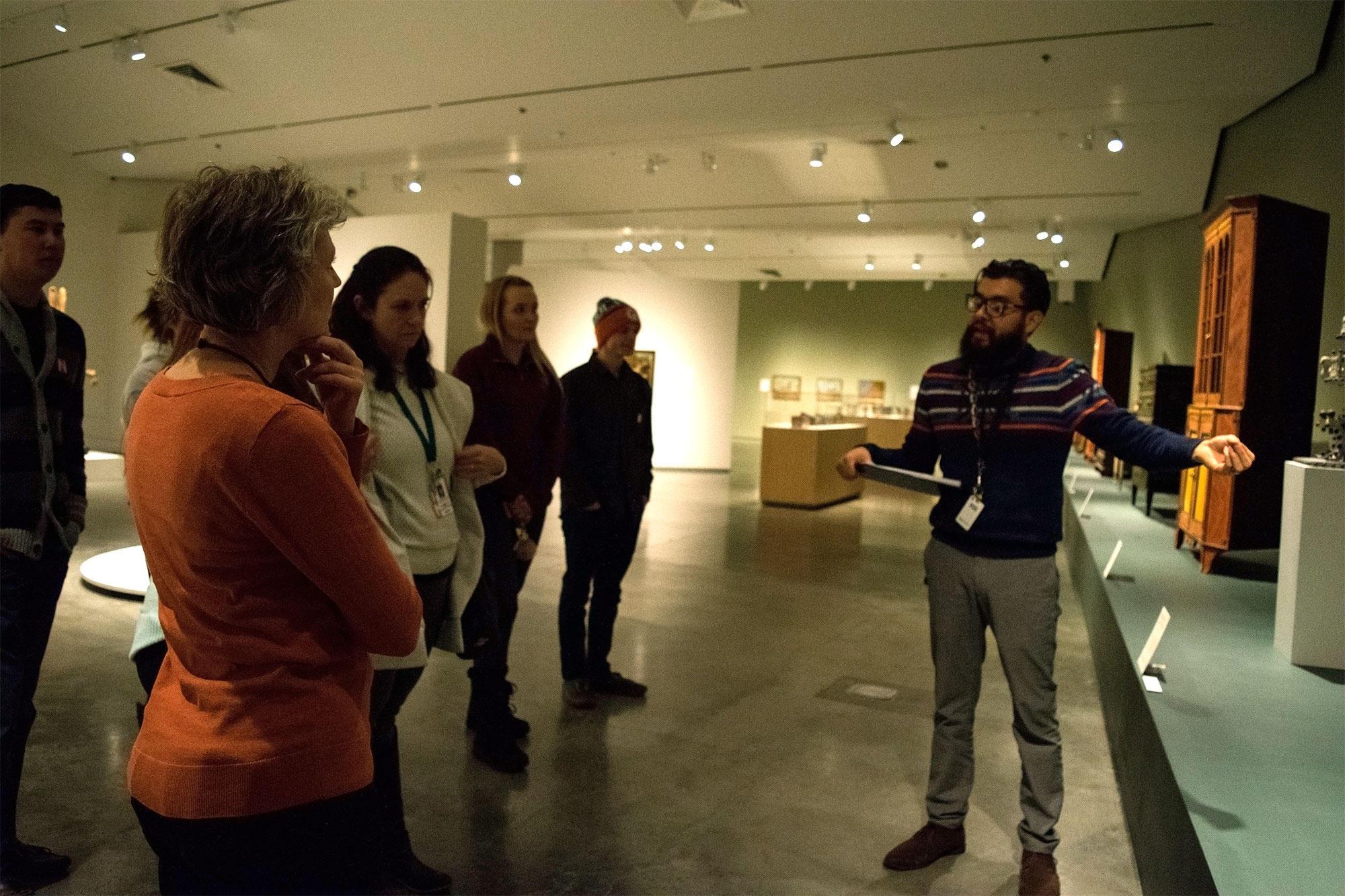 Nevada Museum Of Art Offering Bilingual Gallery Tours Kunr