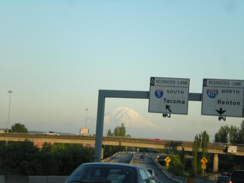 It's not so bad being stuck in traffic when the mountain is out. Mount Rainier traffic