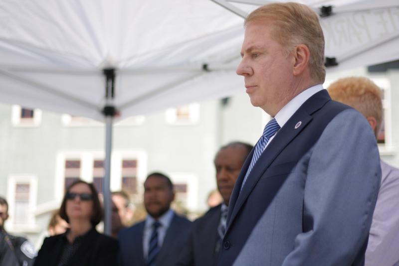 Former Mayor Ed Murray at a press conference in the University District in September 2016.