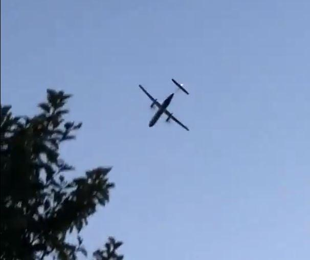 A screenshot of the Bombardier Q400 turbojet before crashing from a video by Skylar Jacobson.