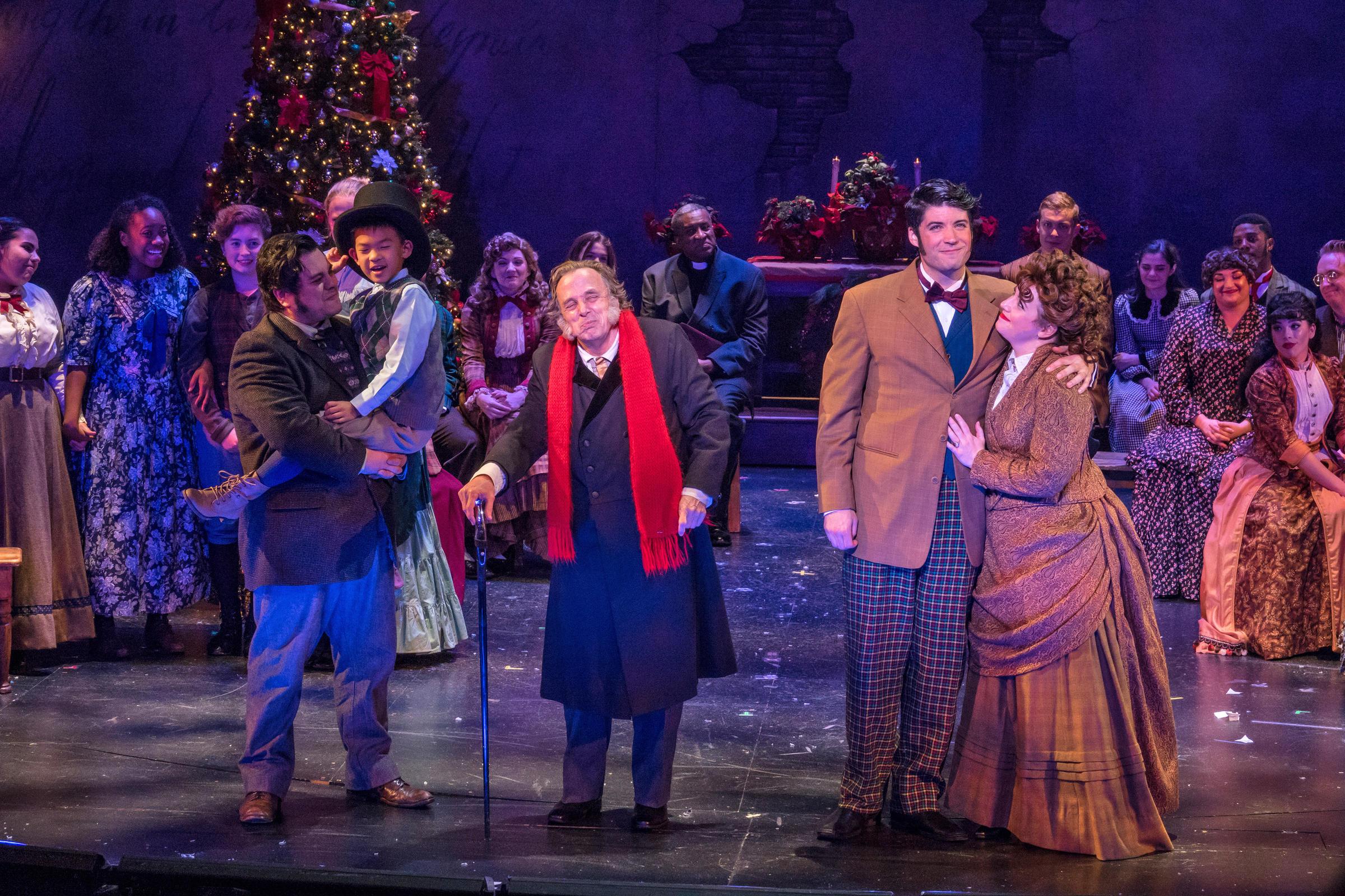 A Christmas Carol Cast.A Christmas Carol Returns To Zach Theatre Kut
