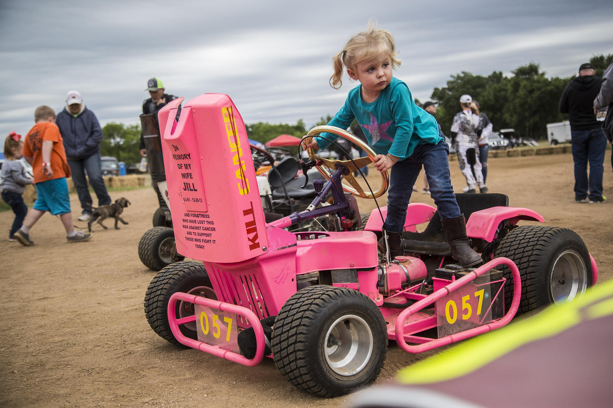 Lawn Mower Racing >> Ready Set Mow Hill Country Lawn Mower Racers Take