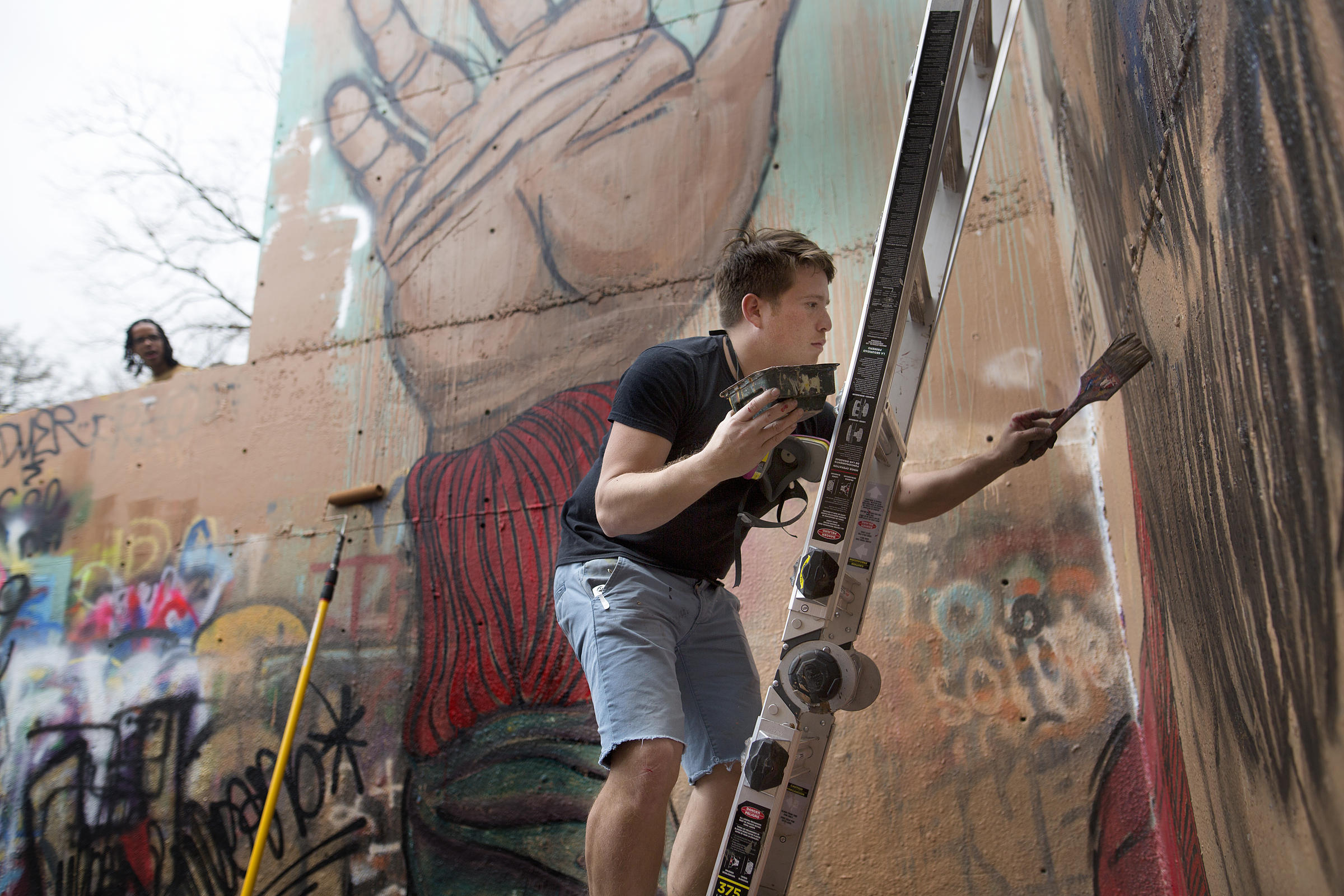 Austin S Iconic Graffiti Park Closes As A New Canvas Is