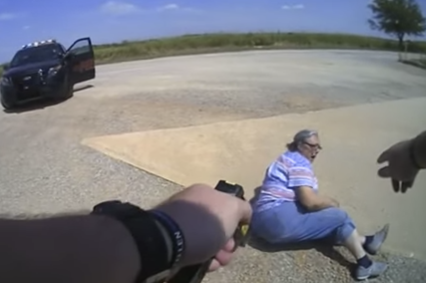 65-year-old Oklahoma woman stun gunned after kicking officer