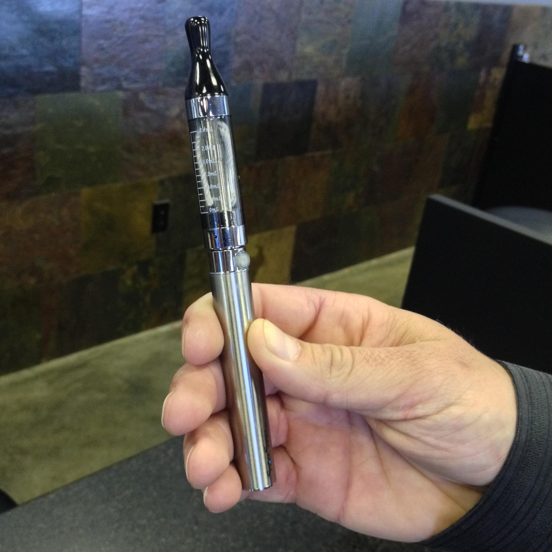 Missouri Issues Health Advisory For Possible E-Cigarette