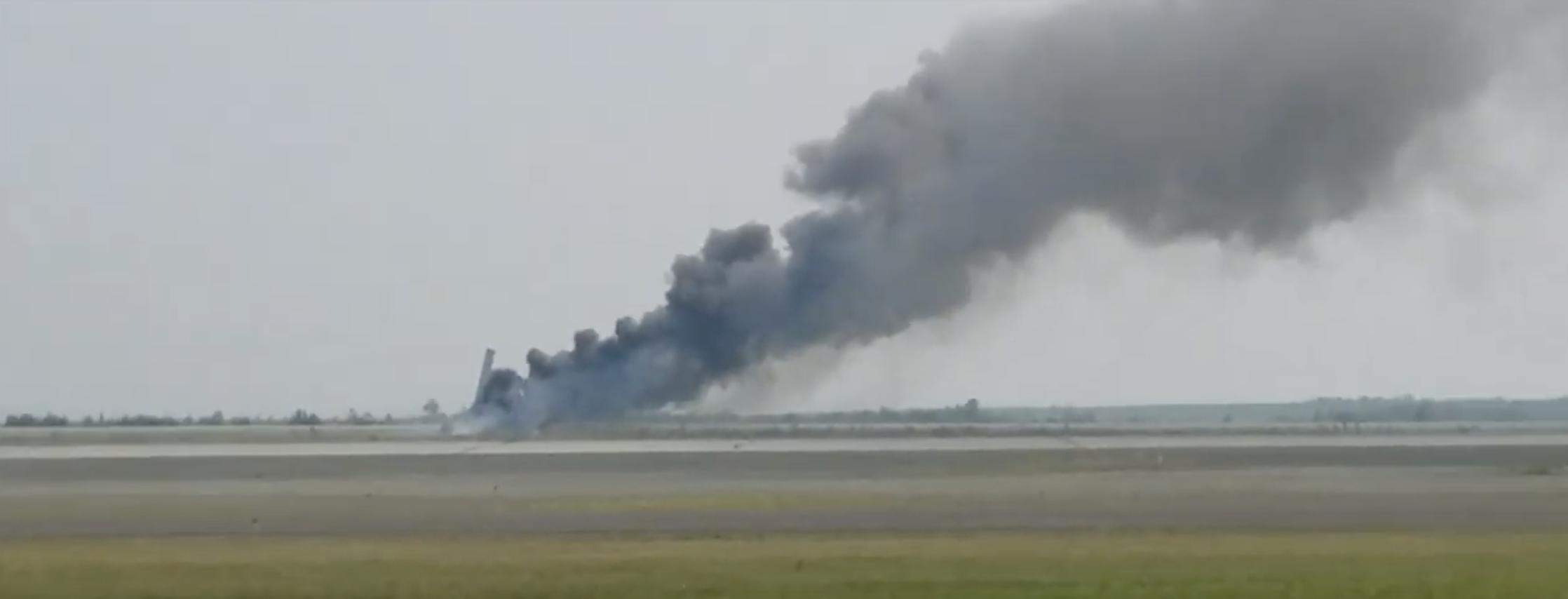 Video: Grant Aviation Plane Crashes On Bethel Runway | KYUK