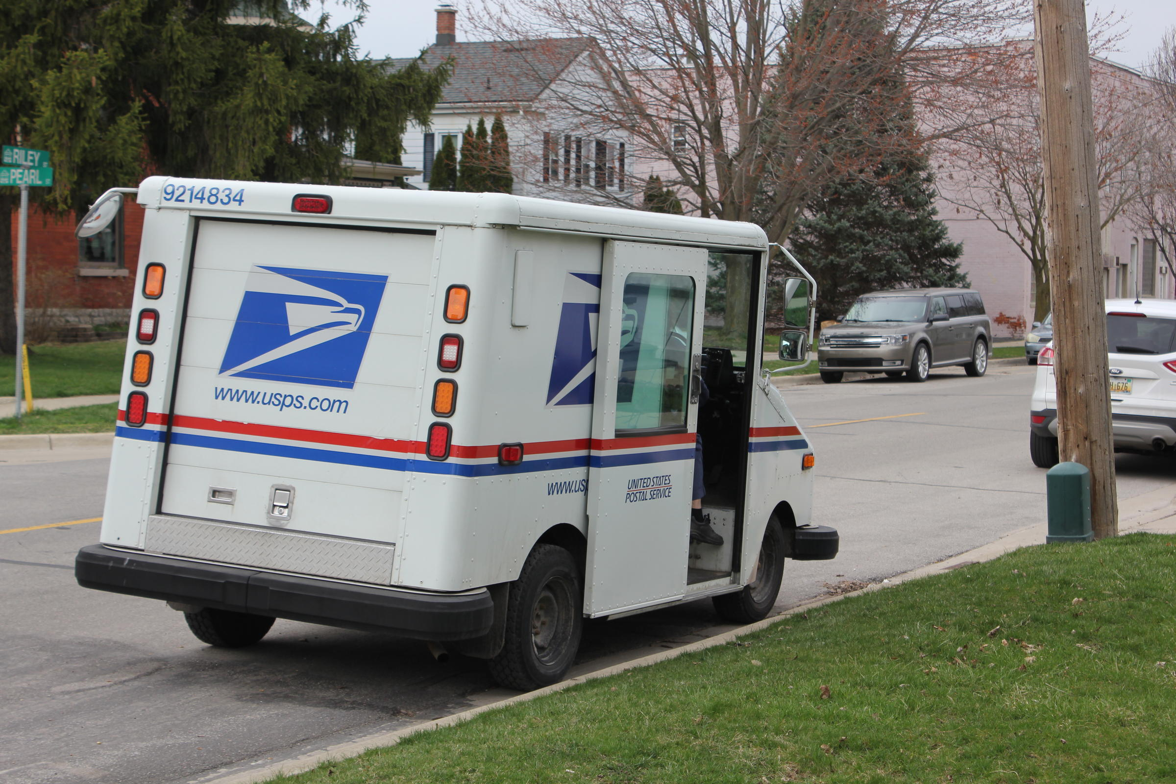 USA election 2020: Postal service warns of mail ballot delays