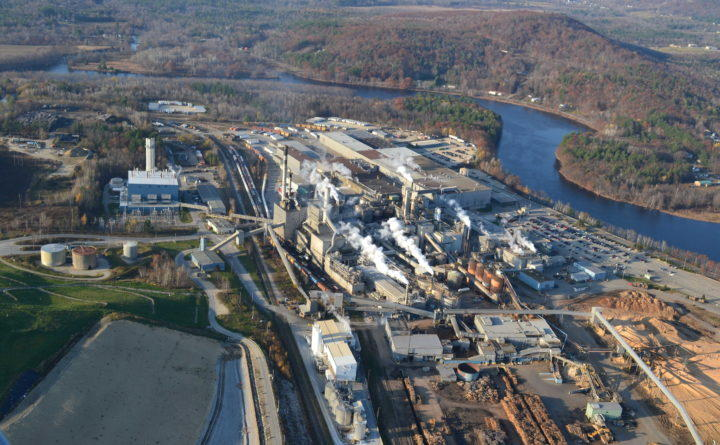 Explosion reported at ME  paper mill
