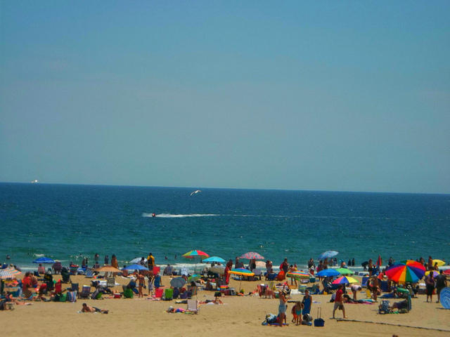 N H Lawmakers Decry Hampton Beach Lawsuit Against State