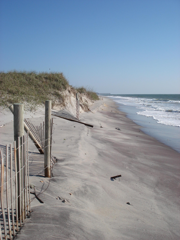 Sea Level Anomolies Cause Extensive Erosion At Nc Beaches Public Radio East