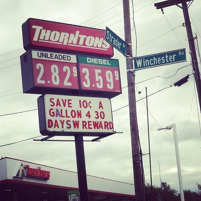 Thorntons Gas Prices >> You Re Enjoying Low Gas Prices But Is It Really A Good Sign