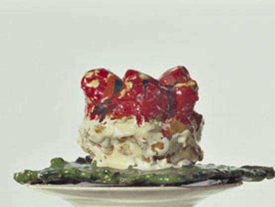 Oldenburg's fascination with simple, everyday objects often led him to food as a subject, as with <em>Pastry Case, I, 1961-62</em>.