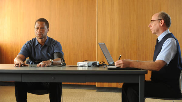 Cuba Gooding Jr. plays O.J. Simpson and Joseph Buttler is a polygraph examiner in the FX series <em>The People v. O.J. Simpson: American Crime Story, </em>which premieres Feb. 2<em>.</em>