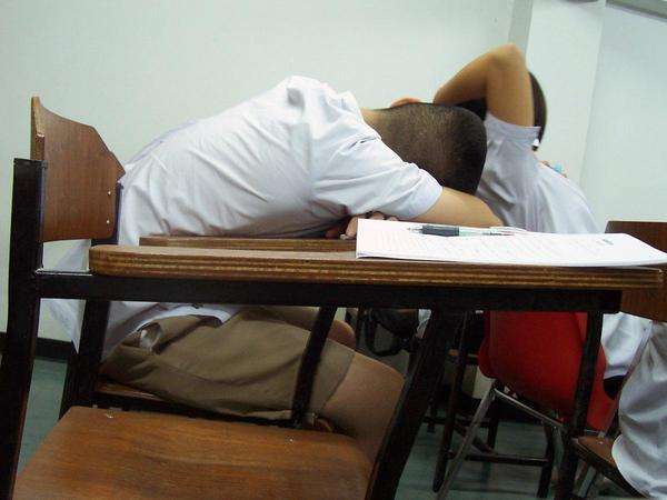 Nearly 90% of high school students report getting less than the 8.5-9+ hours of sleep doctors say they need.